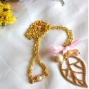 Colier Pandantiv Frunza Aurie cu Cristale Stralucitoare